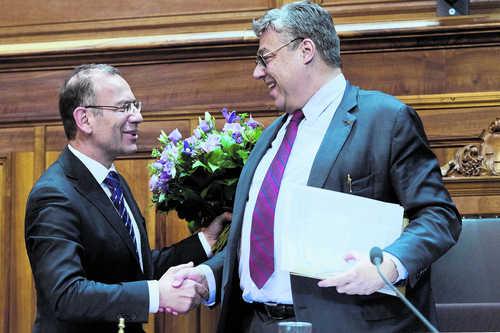 So viel wie der Tessiner Filippo Lombardi (rechts) sollen Ständeratspräsidenten nicht mehr reisen, meint Lombardis Nachfolger Hannes Germann.Archivbild Key
