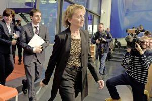 Aller Augen richteten sich gestern auf Finanzministerin Eveline Widmer-Schlumpf. Bild Key
