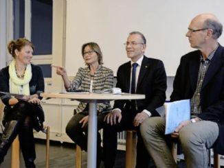 Diskutierten an der Pädagogischen Hochschule über politische Bildung (von links): Jrene Pappa (PHSH), Nationalrätin Martina Munz, Ständerat Hannes Germann und Gerhard Stamm.Bild Selwyn Hoffmann