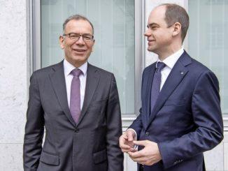 Verwaltungsratspräsident Hannes Germann und Direktor Beat Stöckli gaben gestern die Zahlen 2016 bekannt. Bild Jeannette Vogel