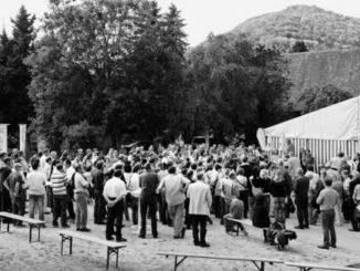 Zu Hunderten kamen sie zum Wiedersehen, am Merishauser Klassentreffen der Jahrgänge 1920 bis 1994.Bild Bruno Bührer