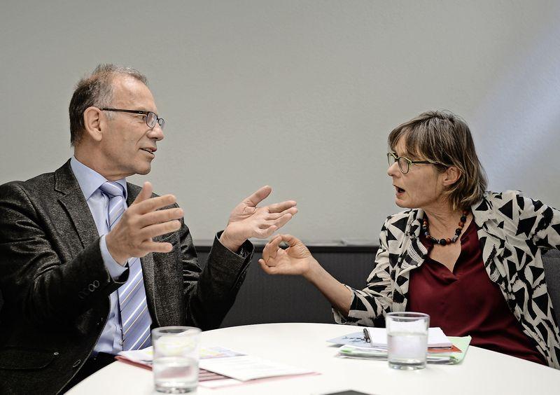 Auch die Frauenfrage wurde von Hannes Germann (SVP) und Martina Munz (SP) heiss diskutiert.Bilder Selwyn Hoffmann