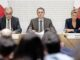 Guy Parmelin (SVP), Ignazio Cassis (FDP) und Karin Keller-Sutter (FDP) erklären den Bundesratsentscheid zum Rahmenabkommen. BILD KEY