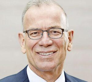 Hannes Germann: Der Schaffhauser Ständerat Hannes Germann (SVP) ist Mitglied der Kommission für Wirtschaft und Abgaben sowie Präsident der Kommission für Wissenschaft, Bildung und Kultur.