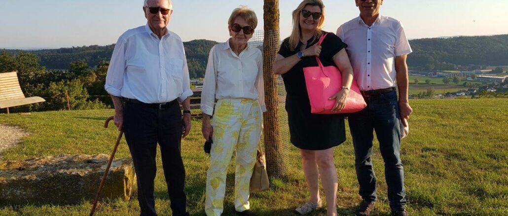 Von links nach rechts: Bernhard Seiler, alt Ständerat, Irmgard Seiler, Cornelia Stamm Hurter, Regierungsrätin, Hannes Germann, Ständerat